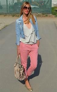 How To Wear Colored Jeans u2013 Chic Combination Ideas 2018 | FashionGum.com
