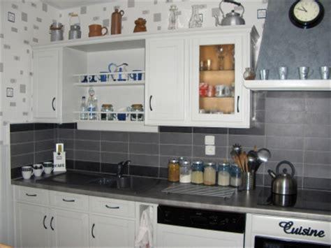 deco cuisine gris et noir cuisine noir gris blanc
