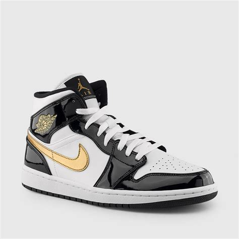 jordan mens air jordan  mid se black white metallic gold