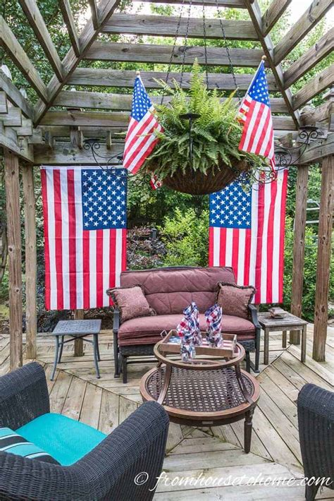 Easy Fourth July Outdoor Decor Ideas