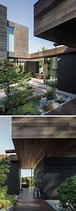 The, Interior, Of, This, Seattle, House, Opens, Up, To, A, Small