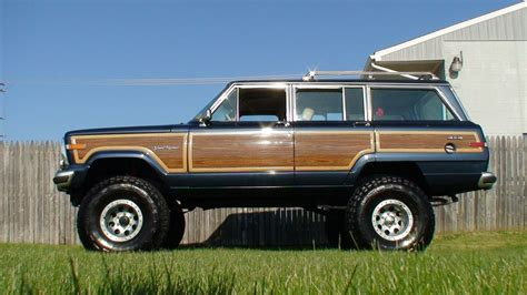 jeep wagoneer 1990 1990 jeep grand wagoneer information and photos momentcar