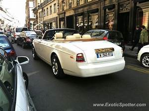 Rolls Royce France : rolls royce phantom spotted in paris france on 07 22 2011 ~ Gottalentnigeria.com Avis de Voitures