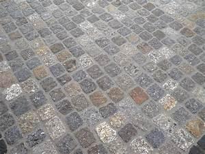 Granit Pflastersteine Preis : granit pflastersteine verlegen verlegung natursteinpflaster youtube granitpflaster in beton ~ Frokenaadalensverden.com Haus und Dekorationen