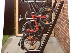 Fahrrad Wandhalterung Selber Bauen : die besten 25 selber bauen fahrradschuppen ideen auf pinterest selber machen fahrradschuppen ~ Frokenaadalensverden.com Haus und Dekorationen