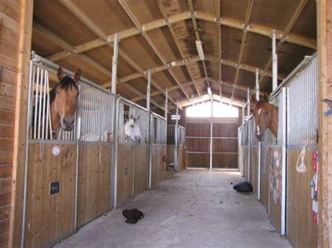 l ecurie de la marquise de ecuriedusoue mon centre equestre skyrock
