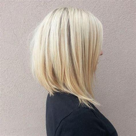 Градуированное каре с челкой и без на средние короткие и длинные волосы как выглядит карэ с градуировкой сзади спереди и сбоку