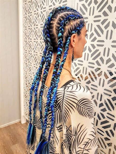 set   cornrowsdutch braids  added blue extensions