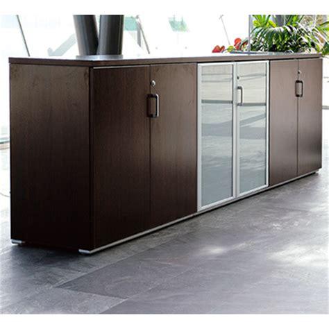 armoire bureau discount ofimat armoire de bureau 2 portes fermeture à clé