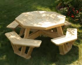 Free Pallet Outdoor Furniture Plans by Treated Pine Octagon Walk In Picnic Table
