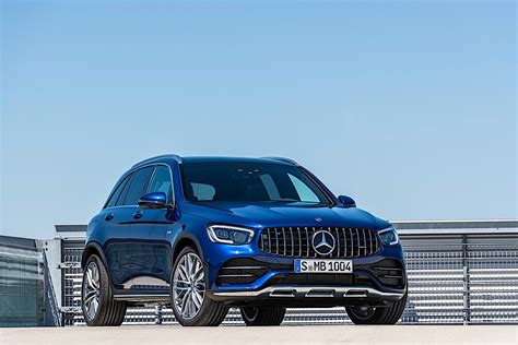 According to the epa, the glc43 coupe puts up 18 mpg in the city and 24 mpg on the highway. 2020 Mercedes-AMG GLC 43 Comes with More Power and New Styling - autoevolution