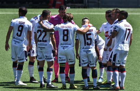 Deportes melipilla is a chilean football club, based on melipilla, a comune in the santiago metropolitan region. Deportes Melipilla oficializó a su nuevo director técnico
