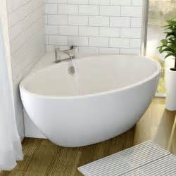 small ensuite bathroom design ideas best 25 small corner bath ideas only on