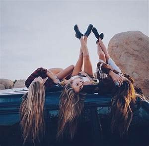 Best Friend Photo Shoot Ideas by Sydney Hashiro - Musely