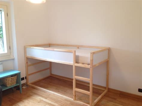 transformer garage en cuisine un lit enfant kura transformé en château fort