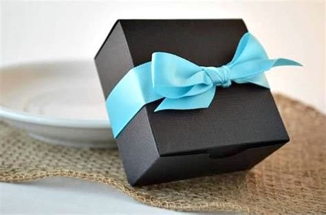 The 5 Laws For Wedding Favor Boxes