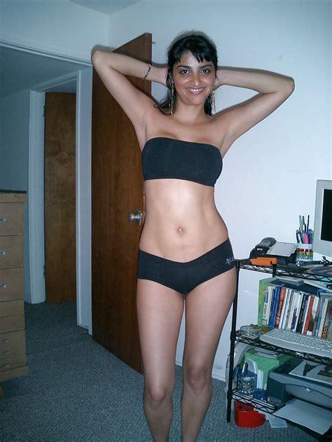 Big Erect Boobs Hot Sexy Nangi Indian Nri Girl