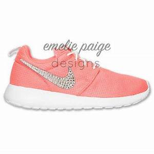 Best Nike Roshes For Girls Products on Wanelo