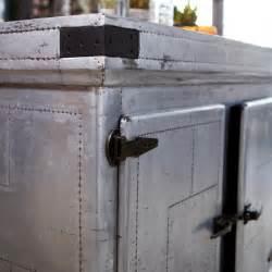 buffet kitchen island ilot central en zinc toby vente ilot pour cuisine chez
