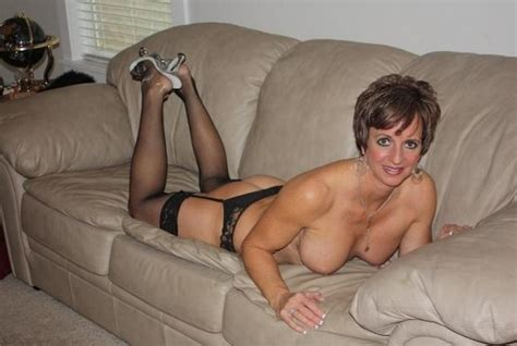 Hot Canadian Wife Mix nude pictures. Main Image #2
