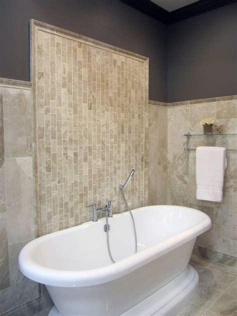 Subway Tile Bathroom Colors by A Vertical Travertine Subway Tile Pattern Bathroom
