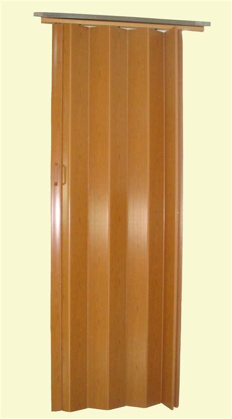 Plastic Closet Doors by White Plastic Folding Doors
