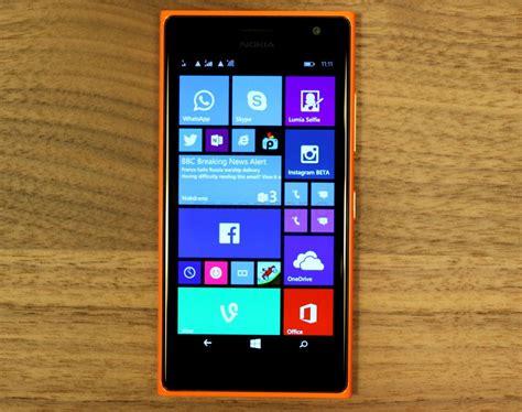 nokia lumia  dual sim  lumia  hands   photo
