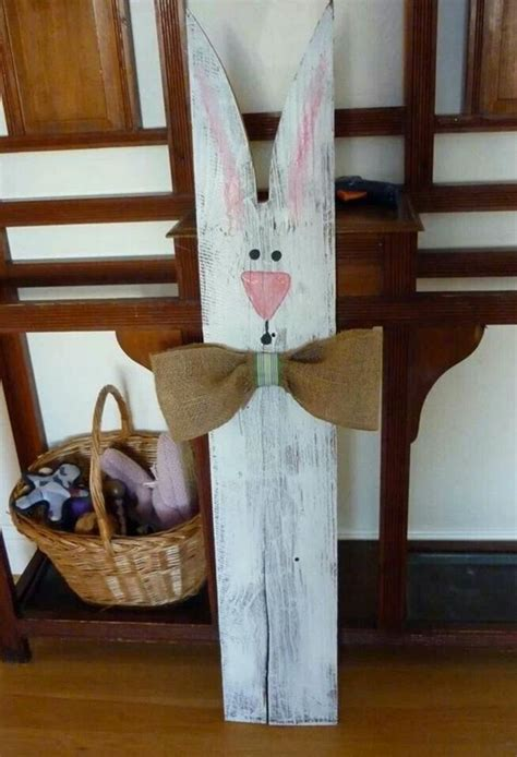 Easter Decor Made Of Wood: This Wooden Ornaments Decorate