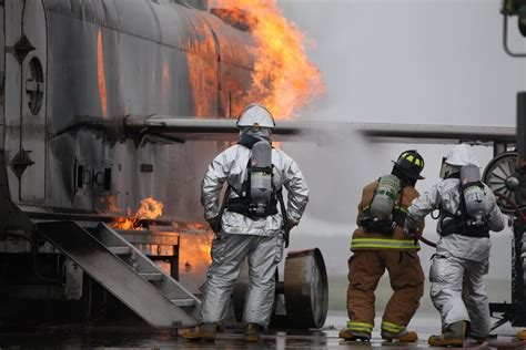 bureau marine cherry point s aircraft rescue and firefighting trains