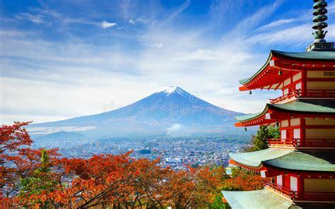 mt fuji  chureito pagoda fujiyoshida japan stock