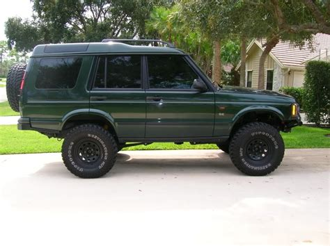 Land Rover Discovery 2 Lifted On 285 75 R16 Tires Land