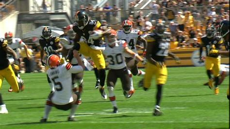 Antonio Brown jump-kicks punter - ABC7 Chicago