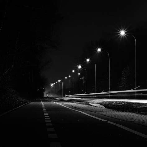 Mx29-street-lights-dark-night-car-city-bw-wallpaper
