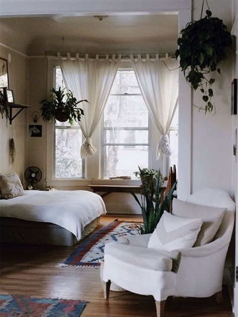 this cozy bedroom ideas for small rooms will make it feel cozy small bedroom tips 12 ideas to bring comforts into 556 | cozy small bedroom design idea 78