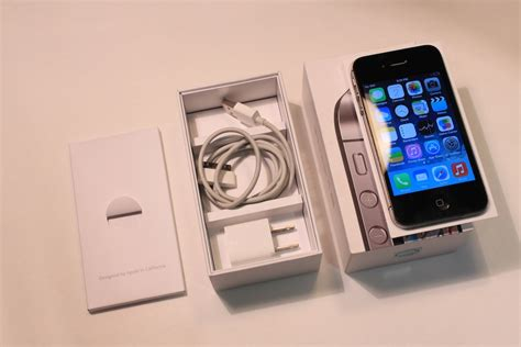 iphone 4s cheap cheap apple iphone 4s 16gb at t strait talk black used
