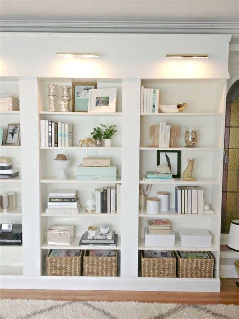 Best 25+ Decorating A Bookcase Ideas On Pinterest