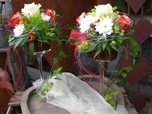 Tischdeko Rot Weiß : tischdeko blumen rosenrot ~ Indierocktalk.com Haus und Dekorationen