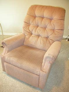Reupholster Lazy Boy Cost by 1000 Ideas About Lazy Boy Chair On