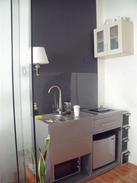 immagine correlata wet bar mini kitchen small