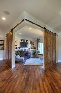 Remodelaholic Friday Favorites: Barn Door Corner Office