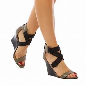 Lionna - ShoeDazzle