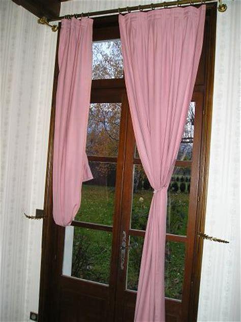 attache rideaux design le dindon