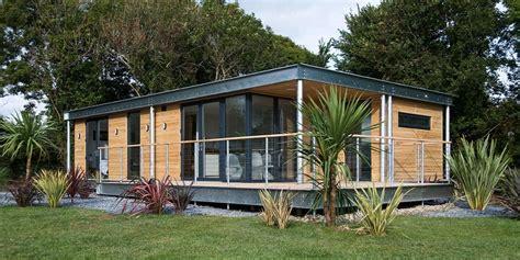 modern small prefab home  design   home designs blog