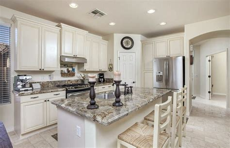 white kitchen island breakfast bar 27 antique white kitchen cabinets amazing photos gallery 1819