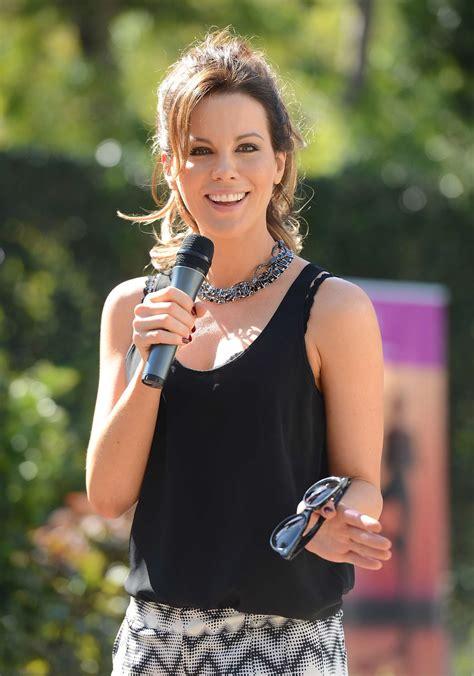 kate beckinsale yoga fundraiser benefit  breast