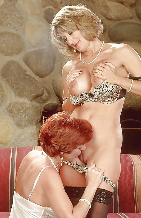 Two Beautiful Mature Lesbians Pics XHamster