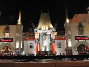 Grauman's Chinese Theatre | One Step 4Ward