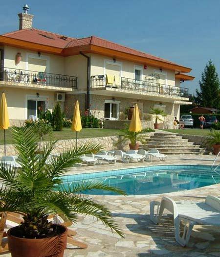 Häuser Kaufen Ungarn Balaton by Ferienhaus Plattensee Ferienwohnungen Ungarn Appartements