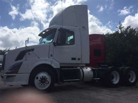 2010 volvo truck for sale 2010 volvo vnl64t300 day cab truck for sale 619 132 miles