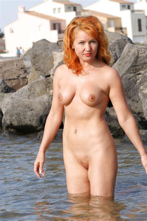 Sexy Redhead Mature Amateur Private Photos 21 Pics